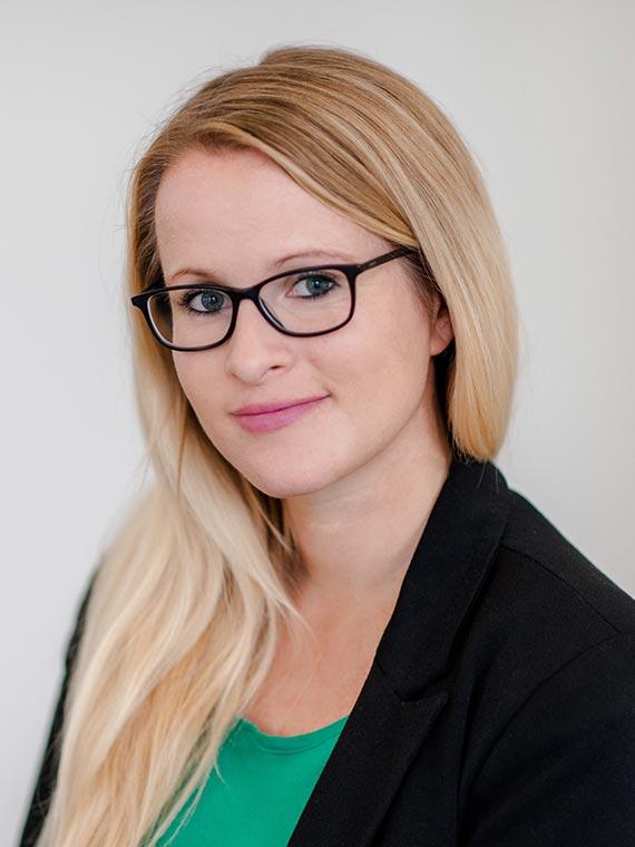 Vertriebsassistentin Nina Feiler